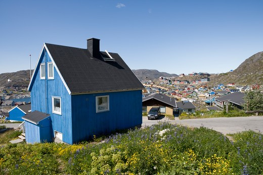 Blue house,Qaqortoq (Julianehab), Kitaa, Greenland, Europe : Stock Photo