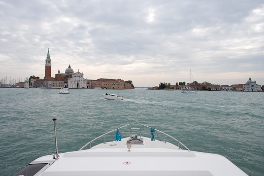 Bow of Le Boat houseboat approaching Isola di San Giorgio Maggiore Island,Venice, Veneto, Italy, Europe : Stock Photo