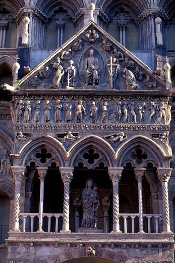Cathedral, detail of the façade, Ferrara, Emilia-Romagna, Italy : Stock Photo
