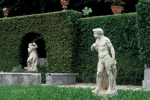 ville da schio gardens, costozza, italy : Stock Photo