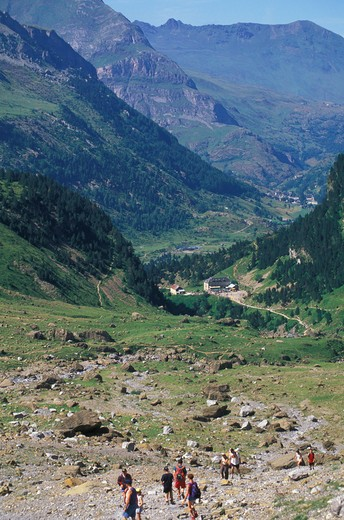 gavarnie mountains, gavarnie, france : Stock Photo