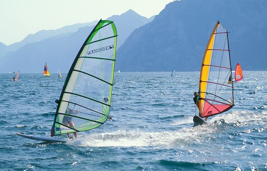 Stock Photo: 4261-26047 wind surf, torbole, italy