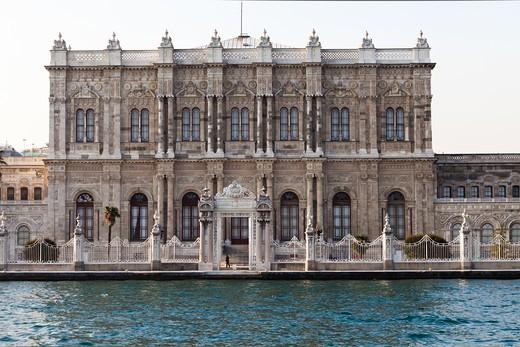 Stock Photo: 4261-29107 Dolmabahçe Palace, Dolmabahçe Sarayi, Istanbul Turkey