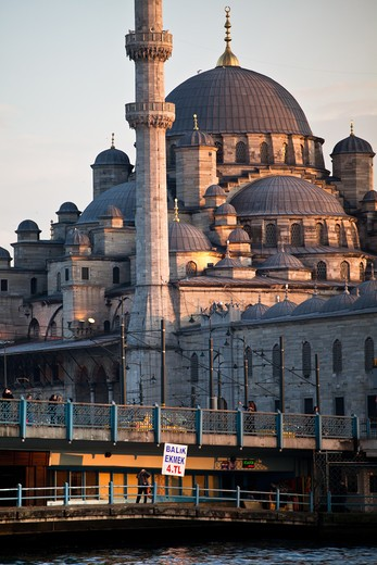 Stock Photo: 4261-29194 New Mosque, Istanbul, Turkey