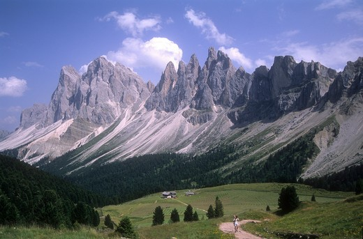 Odle mountains, between Funes Valley and Gardena Valley, Puez Odle natural park, Bozen province, Alto Adige, Italy : Stock Photo