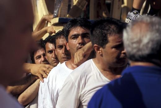 Giglio bearers, Festa dei Gigli, Nola, Campania, Italy : Stock Photo