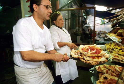 Pizzeria De Figliole, Porta Nolana, Naples, Campania, Italy : Stock Photo