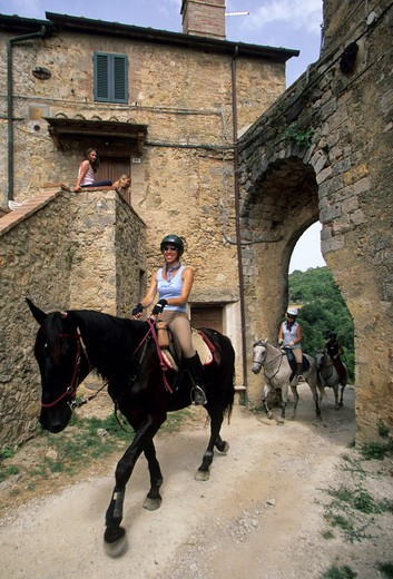 Excursions on horseback, Tocchi Suburb, Val di Merse, Tuscany, Italy : Stock Photo