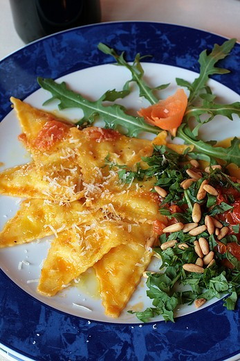 Ravioli with cidron, tomato of Pachino, rocket and pine nuts, La Terrasse restaurant, Monte San Savino, Val di Chiana, Tuscany, Italy : Stock Photo