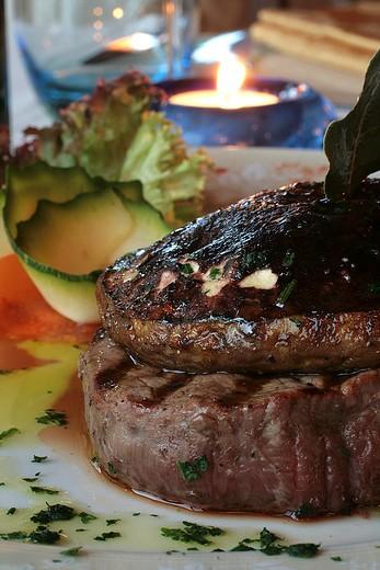 Chianina fillet with boletus mushrooms cap, La Terrasse restaurant, Monte San Savino, Val di Chiana, Tuscany, Italy : Stock Photo