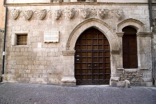 Taverna Ducale medieval building, Popoli, Abruzzo, Italy : Stock Photo