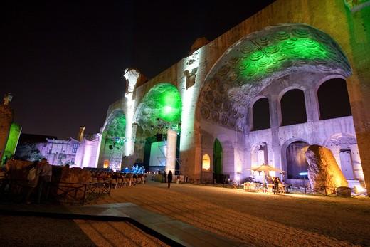 Stock Photo: 4261-48013 Costantino (or Massenzio) basilica, Roman forum, Rome, Lazio, Italy
