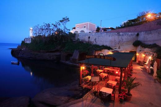 """Pozzillo wtih restaurant """"Da Benito"""", Ventotene island, Lazio, Italy : Stock Photo"""