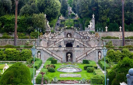 Stock Photo: 4261-56558 Flight of steps, Garden, Vila Garzoni, Collodi, Tuscany, Italy