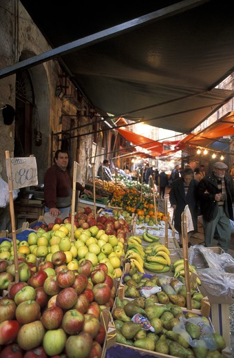 Ballarò market, Palermo, Sicily, Italy : Stock Photo