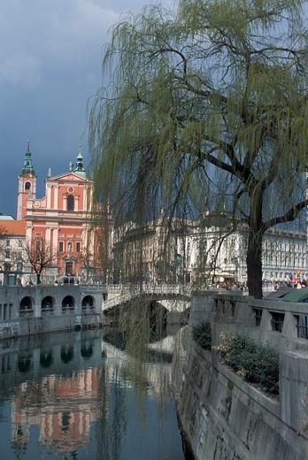 Francescani church, Ljubljanica river, Ljubljana, Slovenia, Europe : Stock Photo