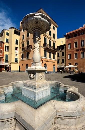 Stock Photo: 4261-69765 Foreshortening, Borgo Antico, Sestri Levante, Ligury, Italy