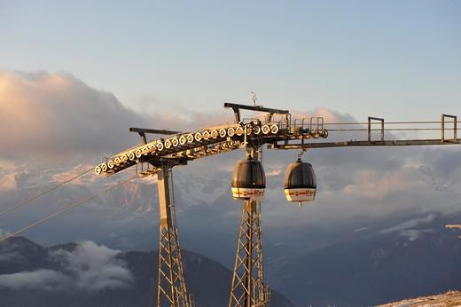 Impianti di risalita, Plan de Corones, Kronplatz, Val Pusteria, Alto Adige, Italy, Europe : Stock Photo