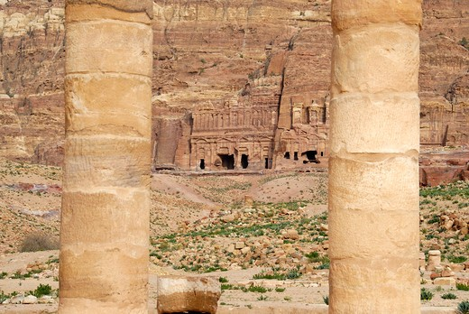Stock Photo: 4261-7099 Roman ruin, Petra, Jordan, Middle East