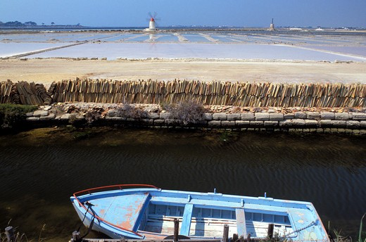 Mozia's saltworks, Ancient Phoenician colony, Marsala, Sicily, Italy  : Stock Photo