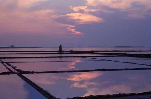 Stock Photo: 4261-71775 Mozia's saltworks, Ancient Phoenician colony, Marsala, Sicily, Italy