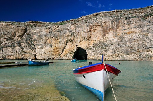 Stock Photo: 4261-74158 Inland Sea, Dwejra Bay, Saint Lawrence, Gozo island, Malta, Europe