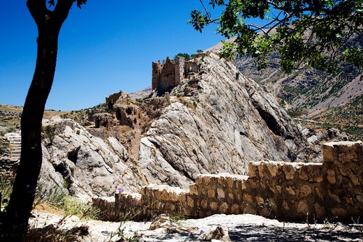 Stock Photo: 4261-87647 The ruins of the castle Old Kahta, Kocahisar village, Turkey, Europe