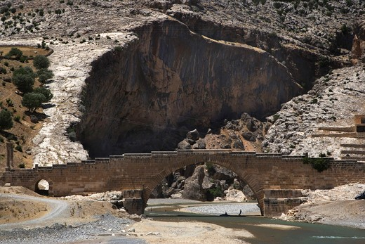 Septimus Severus Bridge, Eskikale outskirts, Turkey, Europe : Stock Photo