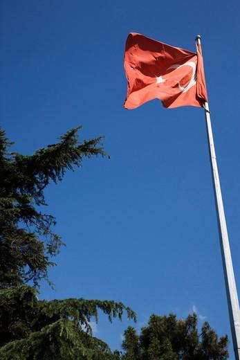 Stock Photo: 4261-87717 Turkish flag, Istanbul, Turkey, Europe