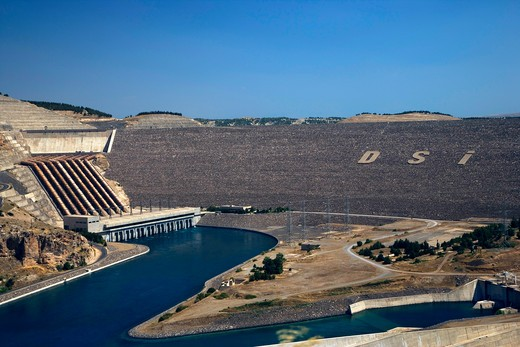 The Ataturk Dam on the Euphrates river near Adiyaman, Turkey, Europe : Stock Photo