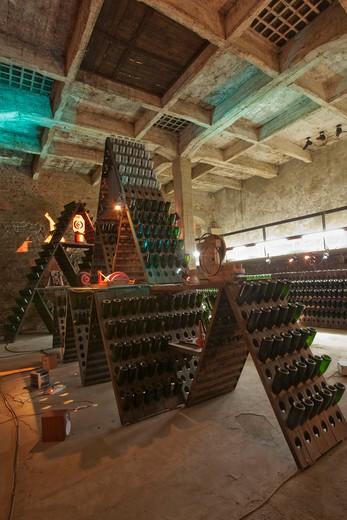 Bosca cellar wine cathedral in Canelli, artistic composition named la Piramide by Eugenio Guglielminetti, Asti, Piedmont, Italy, Europe : Stock Photo