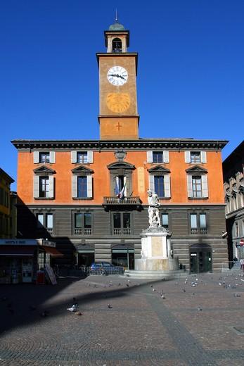 Palazzo del Monte, Prampolini square, Reggio Emilia, Emilia Romagna, Italy : Stock Photo