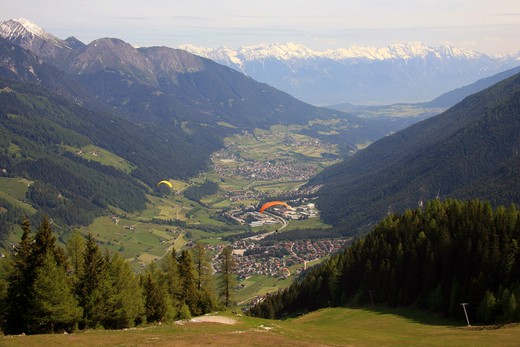 Hang gliding, Stubai valley, Austria, Europe : Stock Photo
