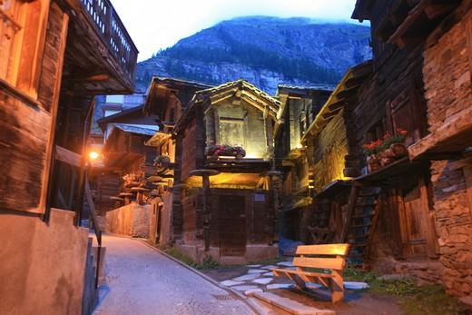 Stock Photo: 4261-91781 Foreshortening, Zermatt, Valais, Switzerland, Europe