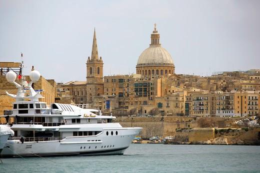 Boat in the Sliema harbour and La Valletta city, Malta Island : Stock Photo