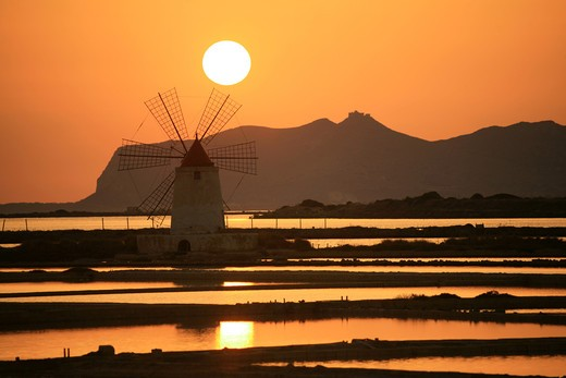 Stock Photo: 4261-92320 Saltworks, Marsala, Sicily, Italy