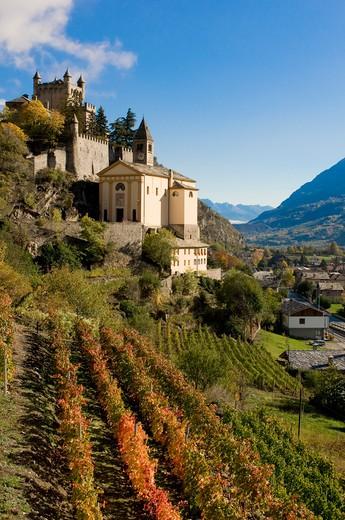 Stock Photo: 4261-94378 Castle, Saint Pierre, Valle d'Aosta, Italy, Europe