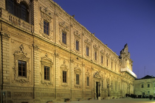 Stock Photo: 4261-95564 Palazzo del Governo and Basilica of Santa Croce, Lecce, Puglia, Italy