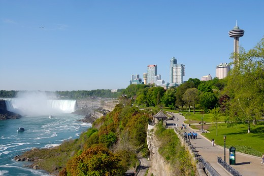 Horseshoe Falls viewed from Queen Victoria Park, Niagara Falls, Ontario, Canada, North America : Stock Photo