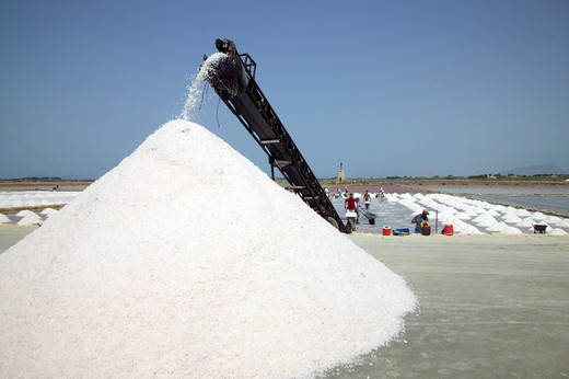 Salt, Ettore e Infersa saltworks, Marsala, Sicily, Italy : Stock Photo
