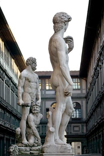 Statues, Florence, Tuscany, Italuñy : Stock Photo