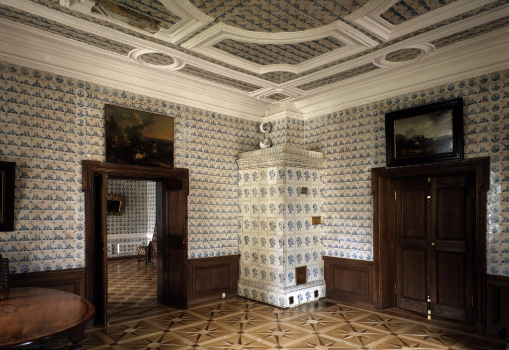 Home interior by Giovanni Maria Fontana, ceramics, 1710s, 1670-after 1714 : Stock Photo