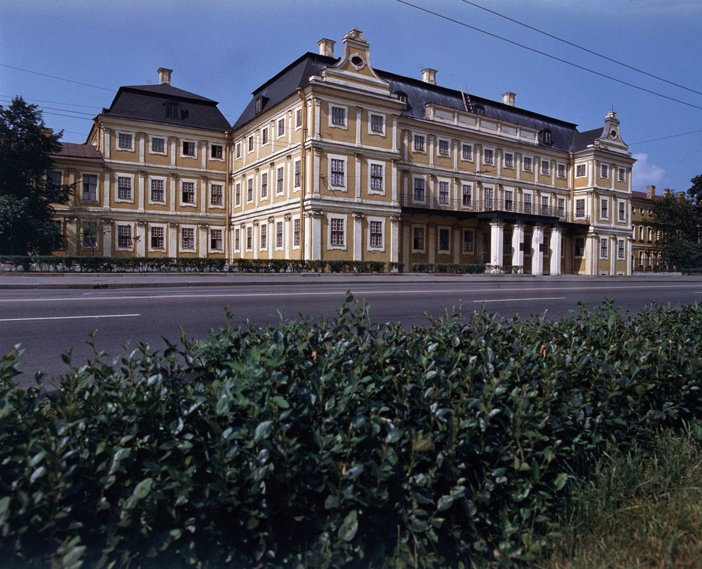 Stock Photo: 4266-10947 Palace of Aleksandr Danilovich Menshikov by Giovanni Maria Fontana, 1712-1714 , 1670-after 1714, Russia, St Petersburg