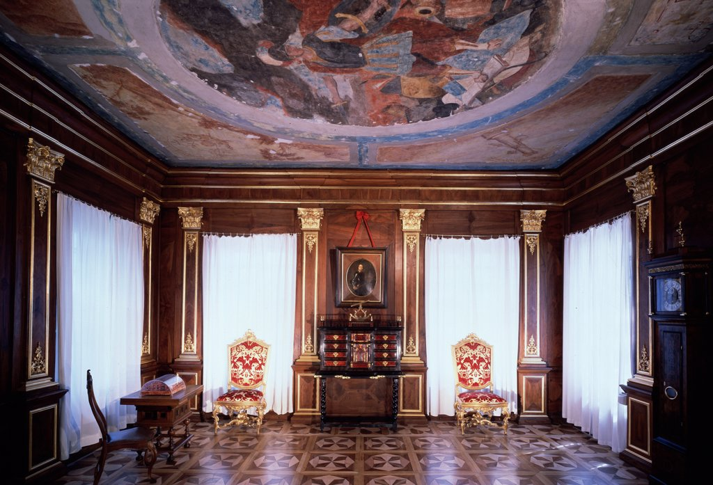 Menshikov palace interior by Giovanni Maria Fontana, 1710s , 1670-after 1714, Russia, St Petersburg : Stock Photo