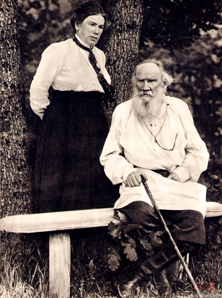Stock Photo: 4266-16758 Leo Tolstoy and Daughter Alexandra by Chertkov, Vladimir Grigorievich (1854-1936)/Russian State Archive of Literature and Art, Moscow/End 1890s/Photograph/Russia/Portrait