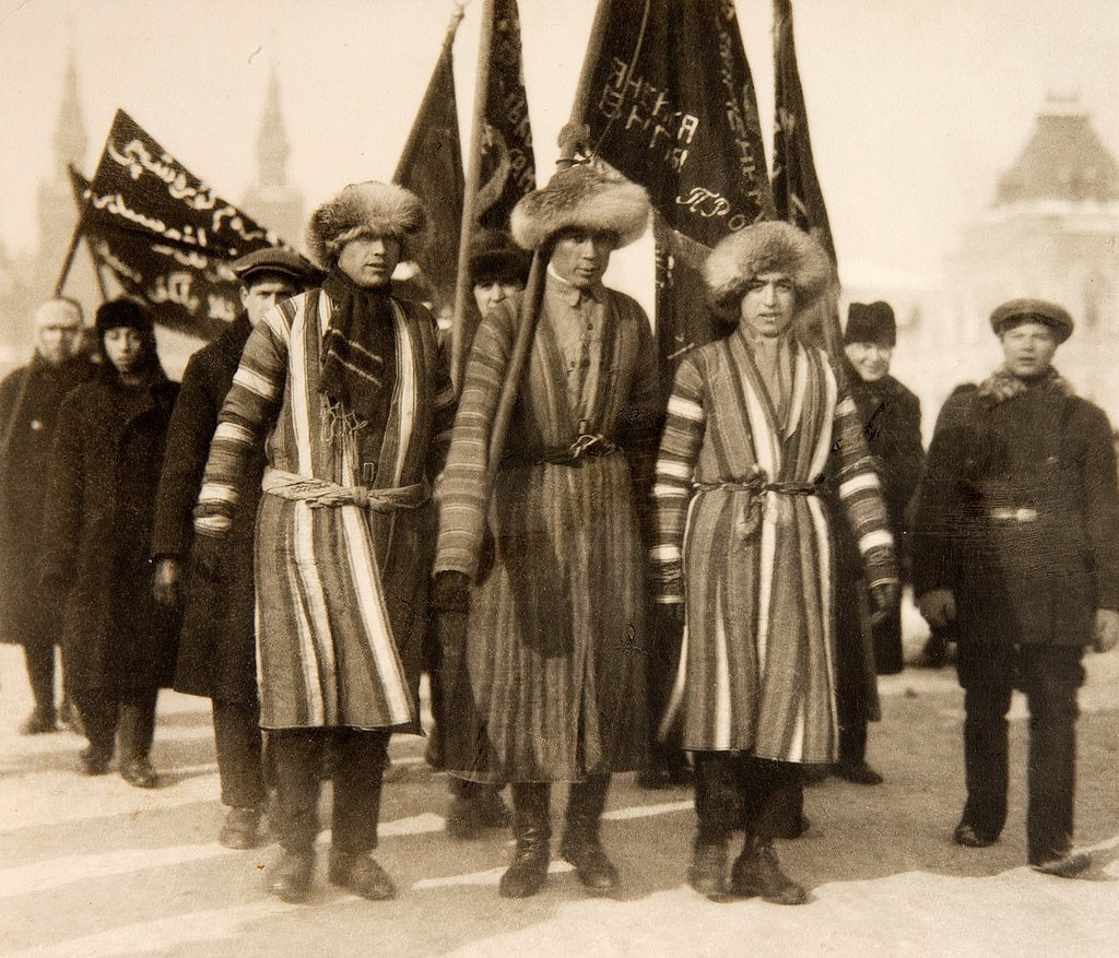 Civil War. Red Army Turkmen Volunteers on Red Square by Otsup, Pyotr Adolfovich (1883-1963)/Russian State Film and Photo Archive, Krasnogorsk/1919/Photograph/Russia/History : Stock Photo