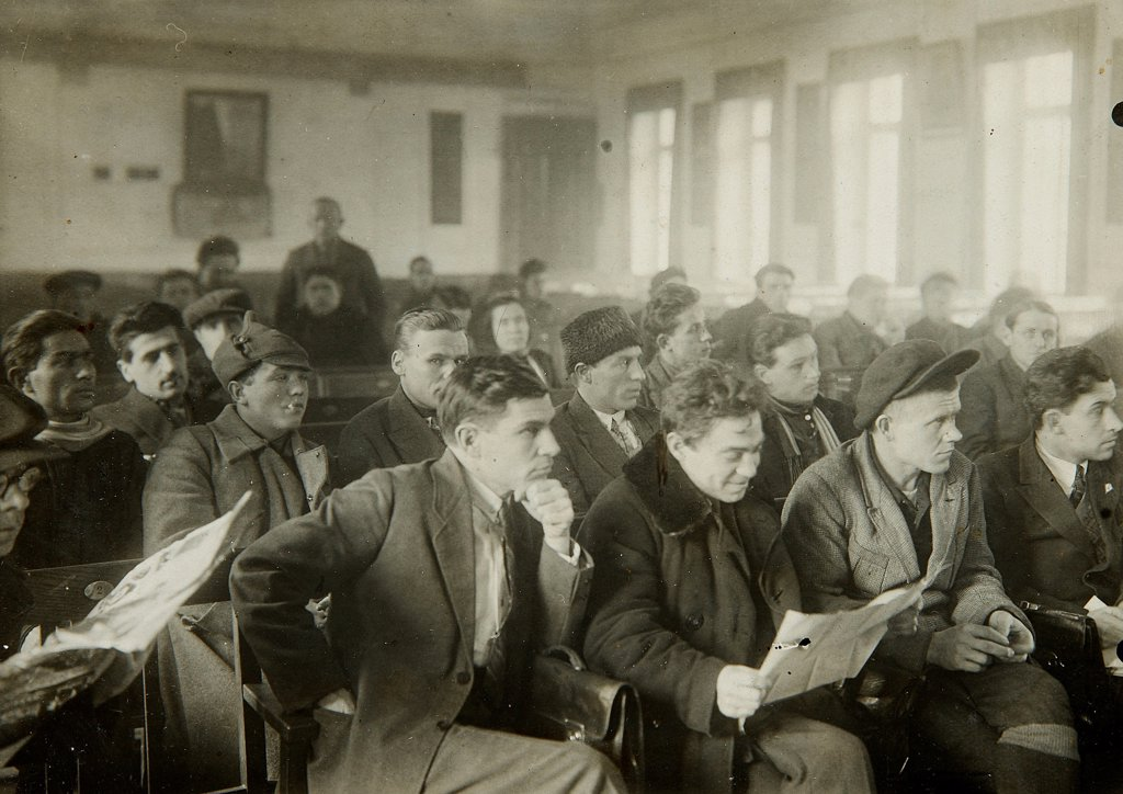 Political instruction by Russian Photographer  /State Museum of History, Moscow/1920s/Photograph/Russia/Genre,History : Stock Photo