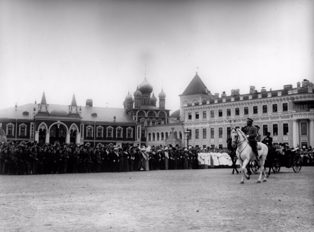 Stock Photo: 4266-18189 The Chudov Monastery in the Moscow Kremlin during the Visit of Tsar Nicholas II by Photo studio K. von Hahn  /Russian State Film and Photo Archive, Krasnogorsk/1912/Silver Gelatin Photography/Russia/History