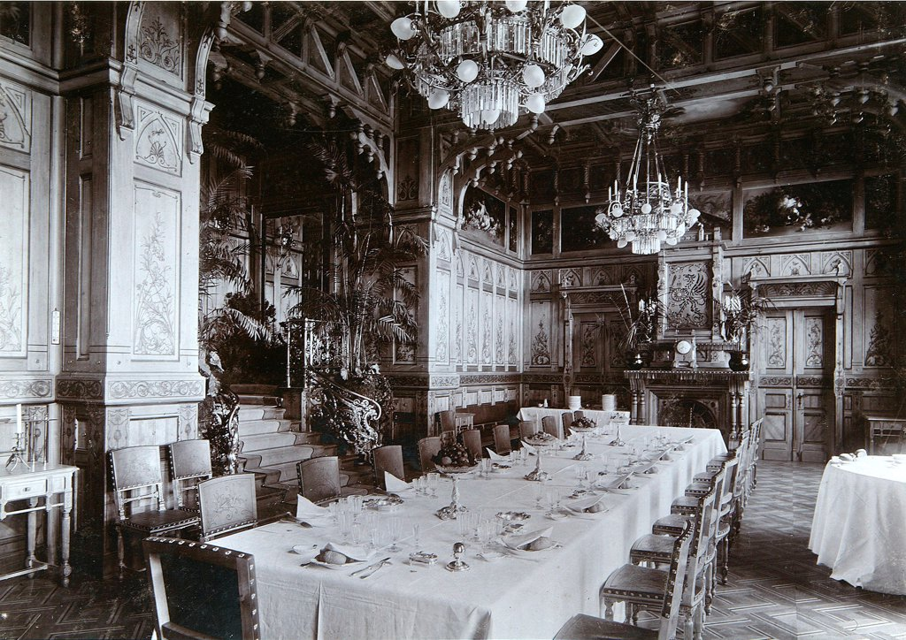 Stock Photo: 4266-18282 The Dining room of the Emperor palace in the Bialowieza Park by Photo studio I. Mechkovsky  /State United Museum Centre in the Kremlin, Moscow/1894/Silver Gelatin Photography/Russia/Architecture, Interior,Tsar's Family. House of Romanov