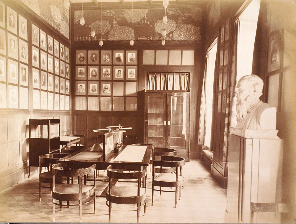 Stock Photo: 4266-18698 The House of the Association of Literature and Arts. Literature room by Russian Photographer  /Russian State Film and Photo Archive, Krasnogorsk/1900s/Silver Gelatin Photography/Russia/Architecture, Interior